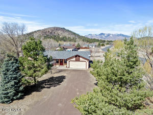 9762 Pioneer Valley Road, Flagstaff, AZ 86004