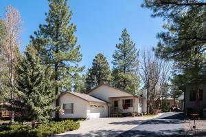 17305 S Mescalero Drive, Munds Park, AZ 86017