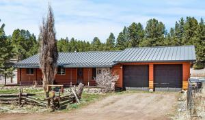 Single-Level Home with Metal Roof and Siding!