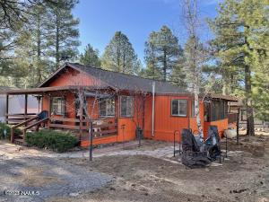 735 E Cedar Wood Drive, Munds Park, AZ 86017