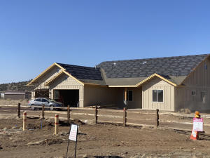 9191 E Neptune Drive, Flagstaff, AZ 86004