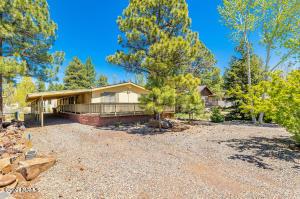 410 E Oak Drive, Munds Park, AZ 86017