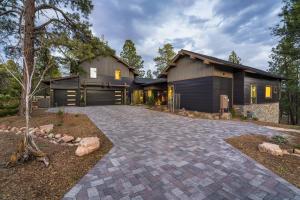 2556 S Pinyon Jay Drive, Flagstaff, AZ 86005
