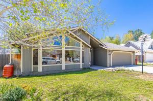 2610 N Nelson Drive, Flagstaff, AZ 86001