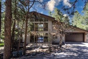 6150 N Country Club Drive, Flagstaff, AZ 86004