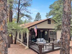 435 E Oak Drive, Munds Park, AZ 86017
