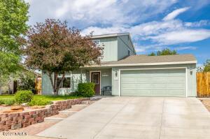 3135 W Brenda Loop, Flagstaff, AZ 86001