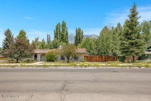 2639 N Fremont Boulevard, Flagstaff, AZ 86001