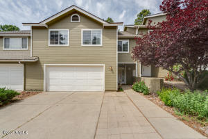 Great Townhome opportunity in West Flagstaff