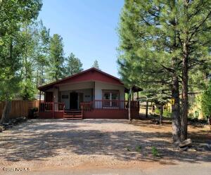 585 E Cedar Wood Drive, Munds Park, AZ 86017