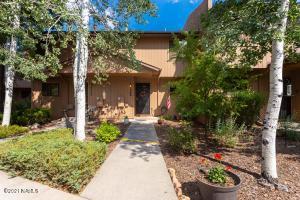 2348 N Earle Drive, Flagstaff, AZ 86004