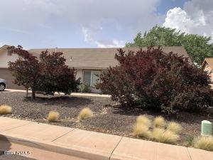 2044 Iron Horse Drive, Winslow, AZ 86047