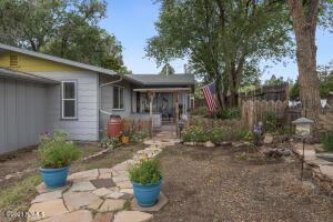 Front/porch area