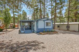 17225 S Iron Springs Road, Munds Park, AZ 86017