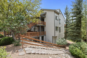 6465 E Settlers Run Road, #17, Flagstaff, AZ 86004