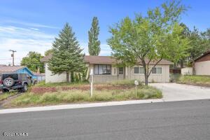 3265 N Manor Road, Flagstaff, AZ 86004