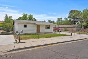 2620 N First Street, Flagstaff, AZ 86004