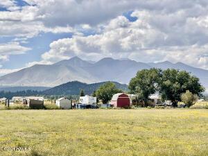 8285 Robyn Lane, Flagstaff, AZ 86004