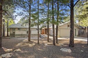 841 N Lone Oak Way, Flagstaff, AZ 86004