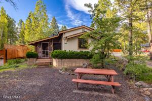 866 E Hillside Drive, Munds Park, AZ 86017