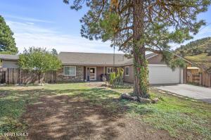 4900 E Trails End Drive, Flagstaff, AZ 86004