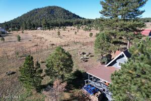 12706 Elkhorn Trail, Parks, AZ 86018
