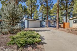 1361 S Burlington Street, Flagstaff, AZ 86001