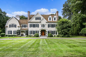 62 Norholt Drive, New Canaan, CT 06840