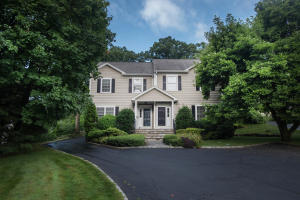 86 Forest Street, S, New Canaan, CT 06840