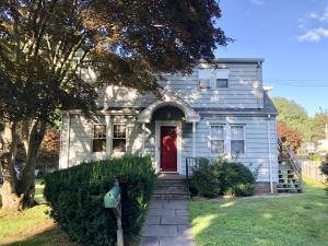 11 Hill Street, New Canaan, CT 06840