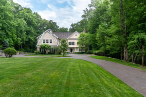 54 Bridle Path Lane, New Canaan, CT 06840