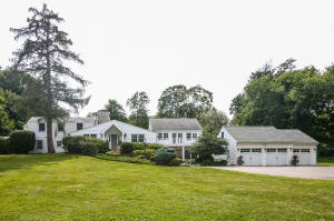 40 Hickory Drive, New Canaan, CT 06840