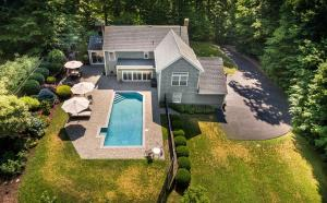 8 Chessor Lane, Wilton, CT 06897