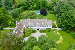 510 West Road, New Canaan, CT 06840