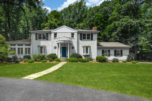519 Brookside Road, New Canaan, CT 06840