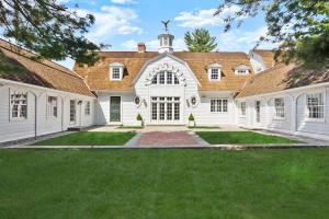 112 Frogtown Road, New Canaan, CT 06840