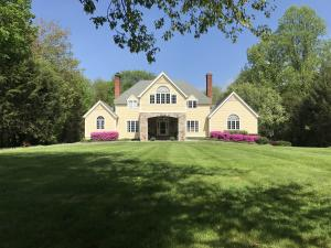 95 Hickory Drive, New Canaan, CT 06840
