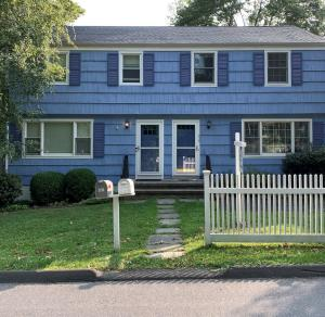 179 Forest Street, 1, New Canaan, CT 06840