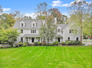 165 Skyview Lane, New Canaan, CT 06840