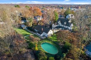 55 St Johns Place, New Canaan, CT 06840