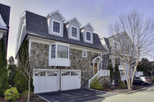 10 Maple Street, ., New Canaan, CT 06840