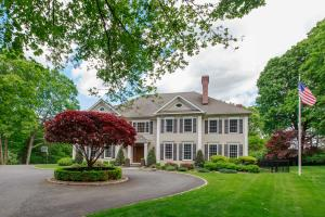 Regal with Terrific Curb Appeal