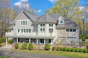 25 Lukes Wood Road, New Canaan, CT 06840