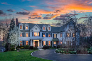 20 Lukes Wood Road, New Canaan, CT 06840