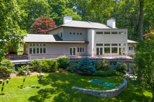 305 Indian Rock Road, New Canaan, CT 06840