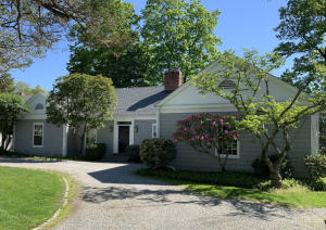 25 Kimberly Place, New Canaan, CT 06840