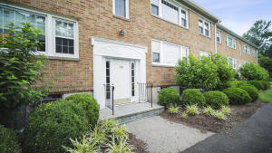 128 Heritage Hill, D, New Canaan, CT 06840