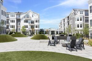 160 Park Street, 201, New Canaan, CT 06840