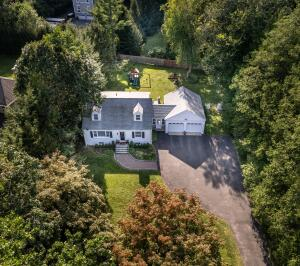 30 Parade Hill Road, New Canaan, CT 06840