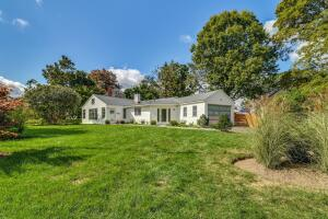 27 Orchard Drive, New Canaan, CT 06840